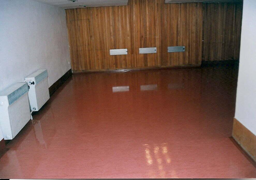 voskování podlahy