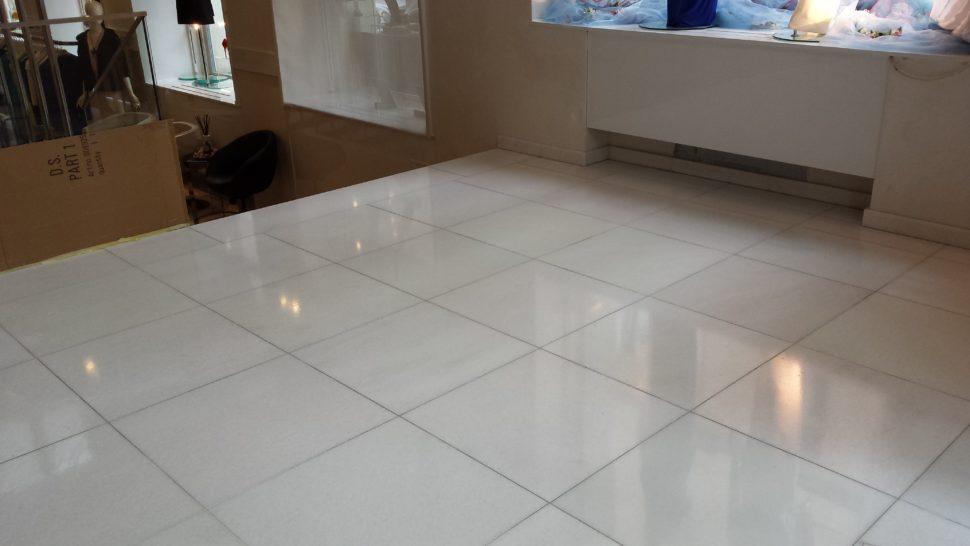 mramorová podlaha po krystalizaci